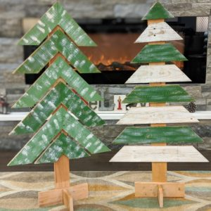christmas-decor-pallet-tree-green-white